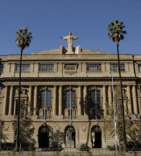 Encuentro en la Casa Central de la Pontificia Universidad Católica de Chile