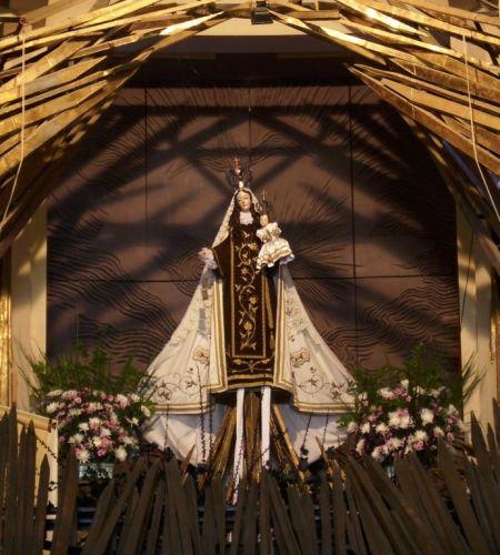 Encuentro en el Santuario Nacional de Maipú