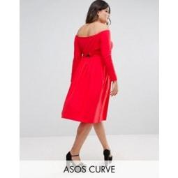 ASOS CURVE - Schulterfreies Midikleid mit Wickeldetail am Rücken und langen Ärmeln - Rot
