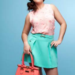 Color Blocking für kurvige Frauen