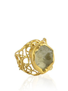 The stunner gold ring