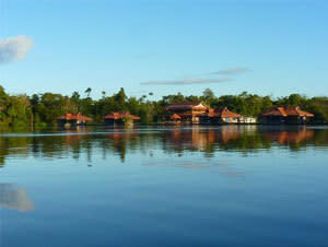 Amazon Vacation Package and Tour - Anavilhanas and Uakari Jungle Lodges (7 Nights)