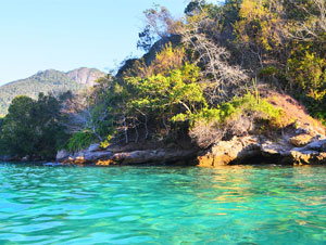 Ilha Grande Lagoa Azul Full Day Tour
