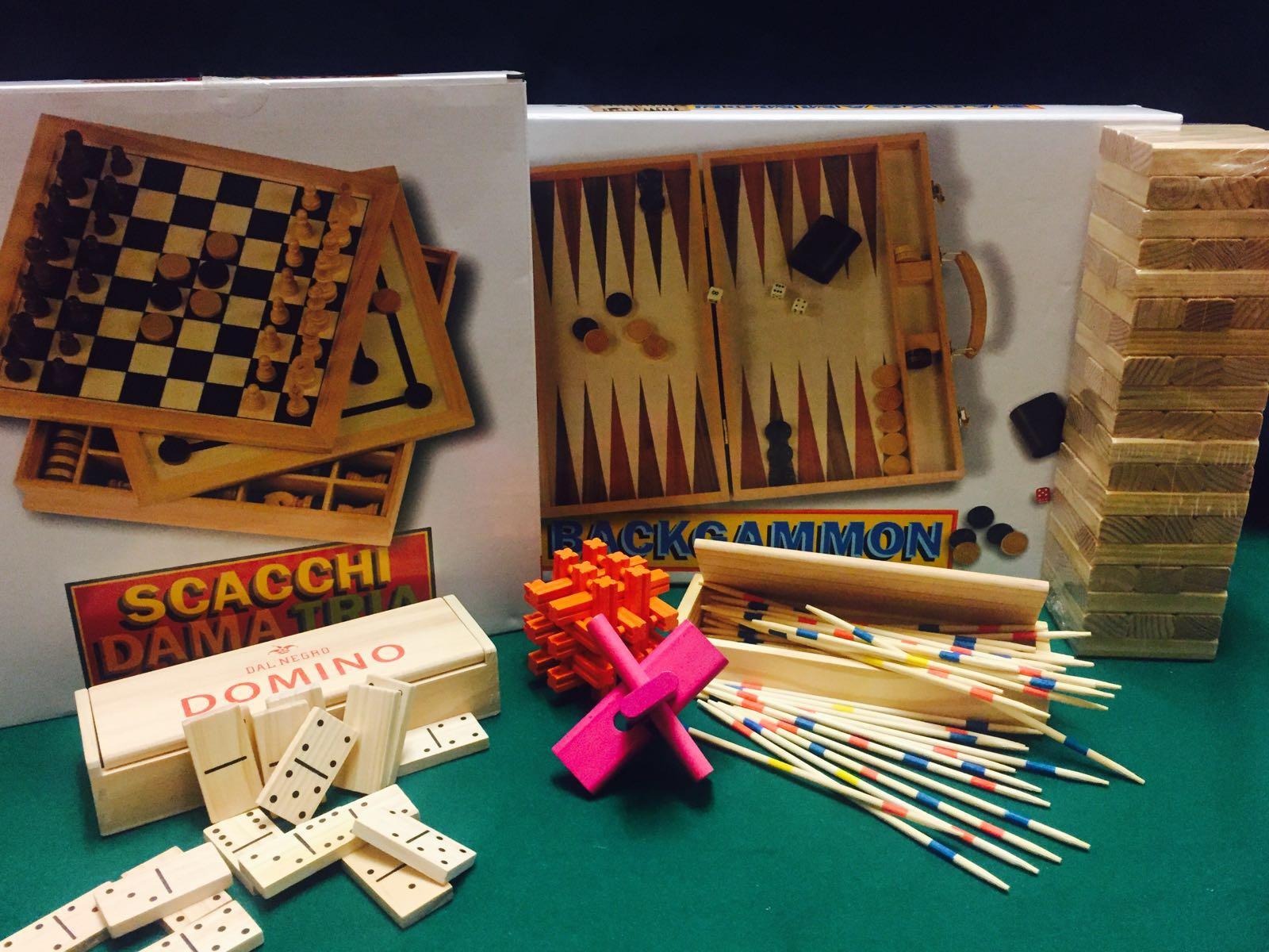 Scacchi e dama, Backgammon,Domino, Dama cinese