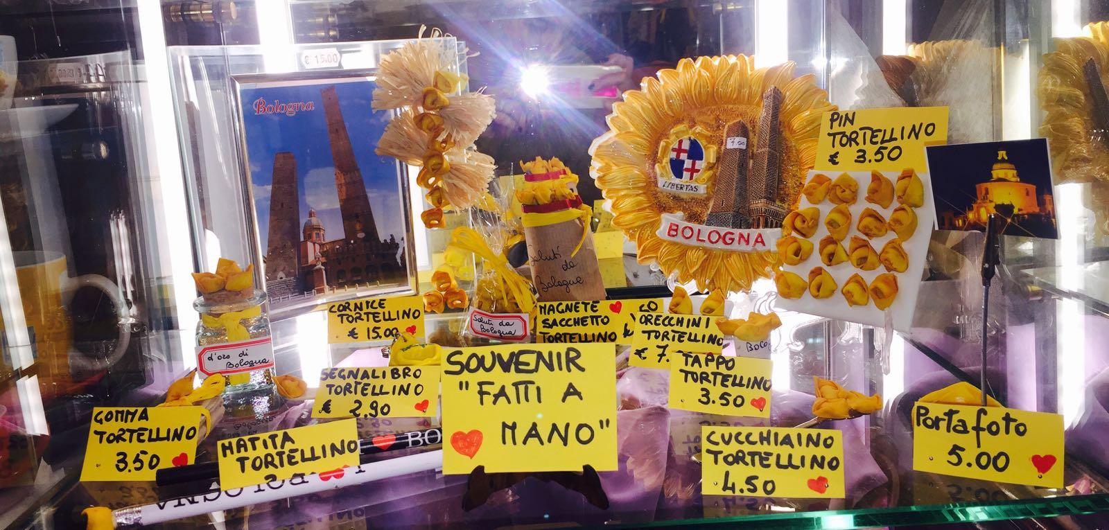 souvenirs con tortellini