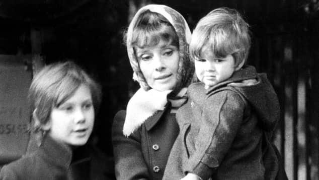 Audrey Hepburn und ihre Söhne Luca (links) und Sean (rechts)