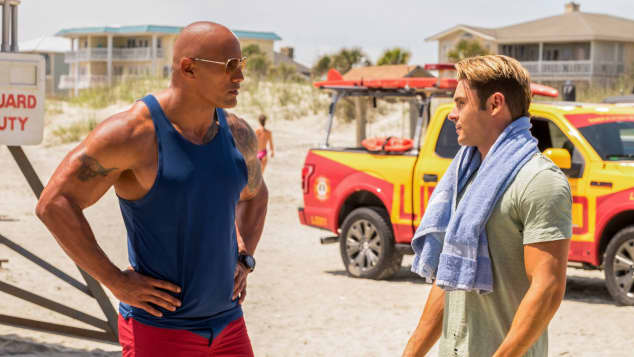Baywatch Zac Efron und Dwayne Johnson