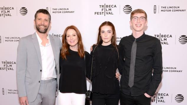Julianne Moore mit Familie