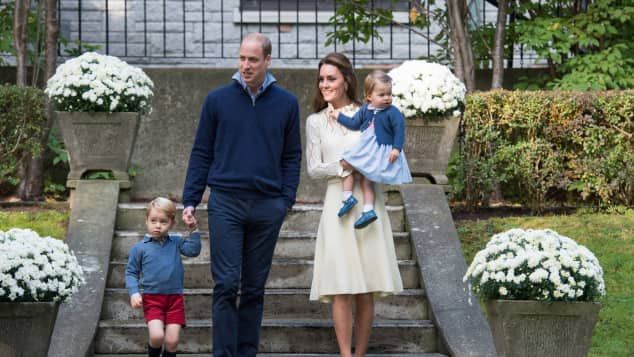 Prinz George, Prinz William, Herzogin Kate und Prinzessin Charlotte