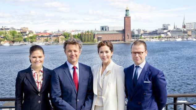Prinzessin Victoria, Prinz Frederik, Prinzessin Mary und Prinz Daniel