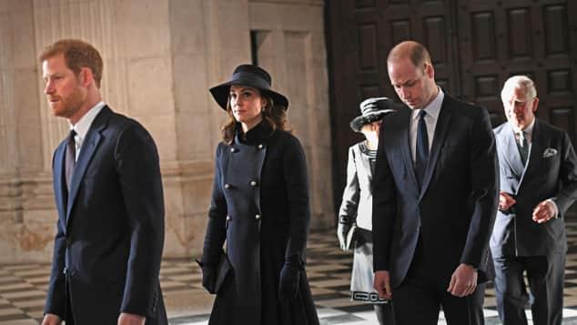 Prinz Harry, Herzogin Catherine, Prinz William, Prinz Charles, Camilla