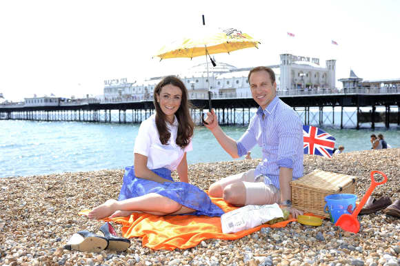 Heidi Agan und Simon Watkinson als Kate Middletons und Prinz Williams Doubles