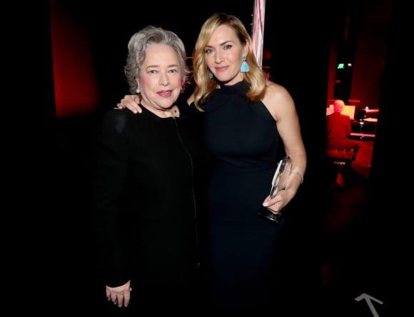 Kathy Bates und Kate Winslet