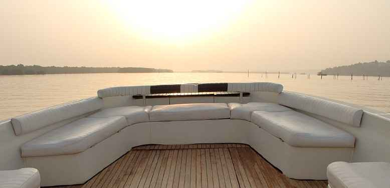 Luxury yacht 4