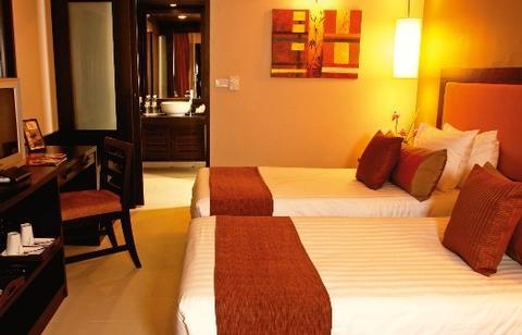 Impiana Resort Chaweng Beach 2
