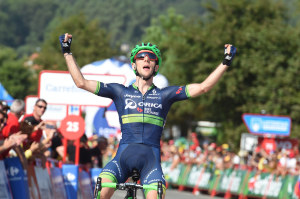 LA VUELTA: Simon Yates Surges Past Breakaway To Solo His Way To Stage Victory