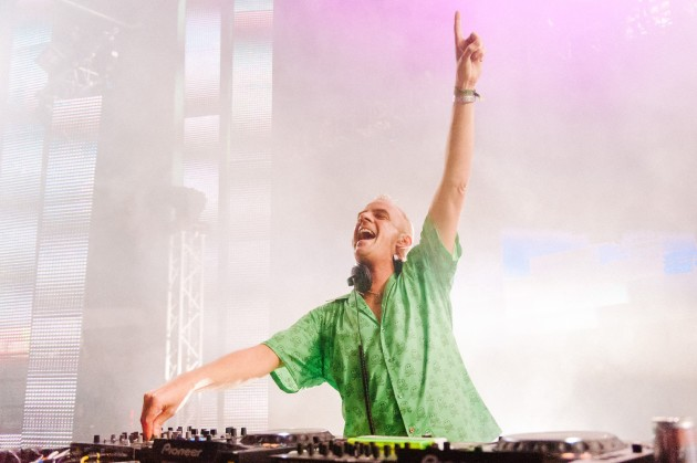 On stage with Fatboy Slim at the Urban Art Forms Festival, Austria. © Matthias Hombauer.
