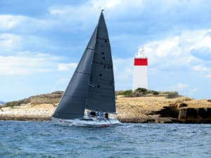 Octogenarian Don Calvert wins Betsey Island Race