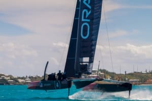 Oracle skipper Jimmy Spithill flung overboard in 2017 America's Cup training