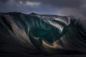 Video: Australian photographer and Dutch filmmaker collaborate to show beauty of waves