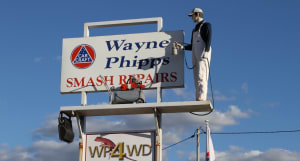 Happy 40th to Wayne Phipps Smash Repairs