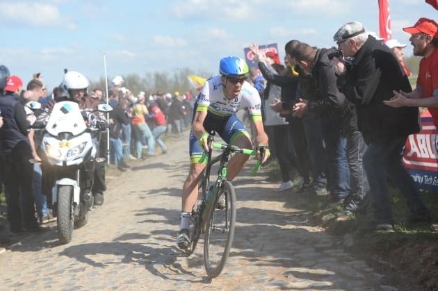 Aussie legend Mathew Hayman on his way to victory at the 2016 Paris-Roubaix. Image: Sirotti