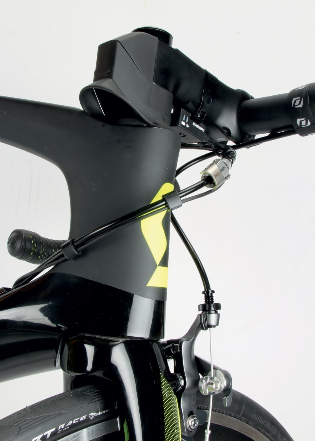 Collars at the stem can be added or removed to suit the rider's preferred bar height.