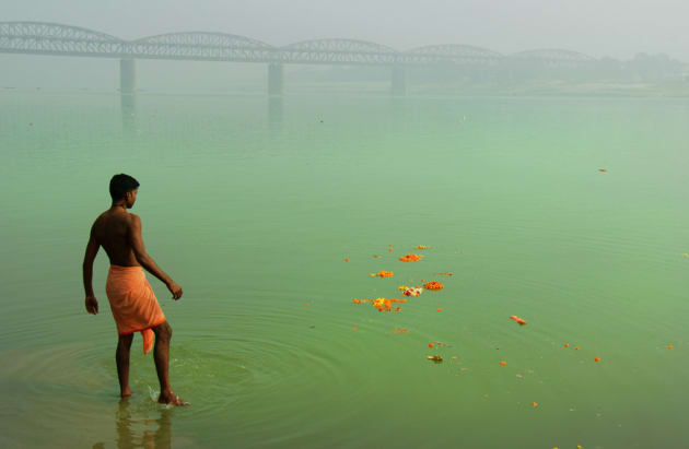 Life on the Ganges by Julian Druce