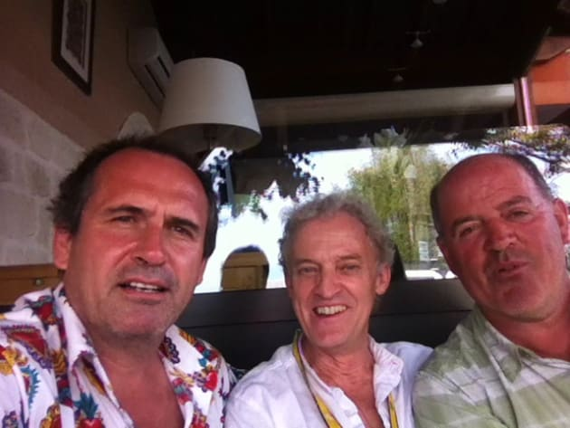 Australian cycling journalist Rupert Guiness with UK cycling journalist John Wilcockson and Graham Watson at the 2012 Tour de France. Image: R. Guiness.