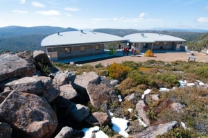 Tassie's new Mt Mawson shelter open for business