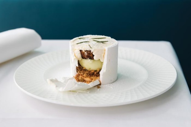 Recipe: Jaclyn Koludrovic's vacherin of Geraldton wax leaf and Granny Smith apple - foodservice