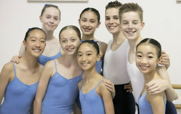 Students from Classical Dance Australia.