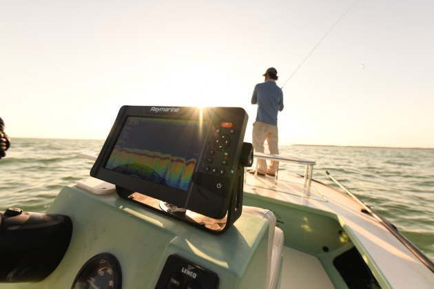 Raymarine Element front