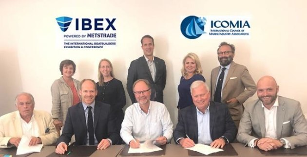 Representatives from IBEX and ICOMIA sign the agreement at the recent ICOMIA/IFBSO Congress 2018 held in Berlin.