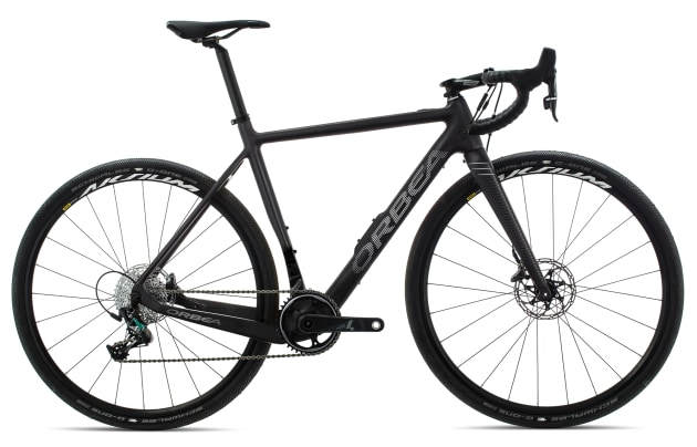 The Gain is also available in an 'all-road' model featuring a 1x drivetrain and gravel wheels & tyres.