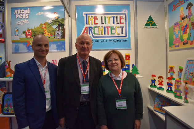 Vince, Fabrizio & Gina Caponio - On The Little Architect stand at Spielwarenmesse