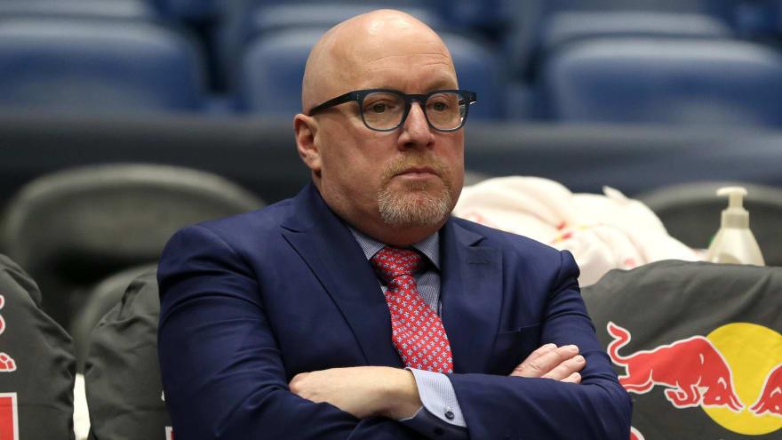 NBA fines David Griffin $50K for criticizing refs