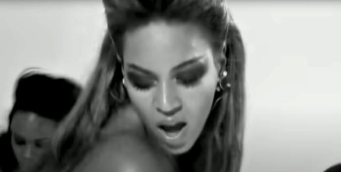 """Beyoncé """"Single Ladies (Put a Ring On It)"""" (2008)"""