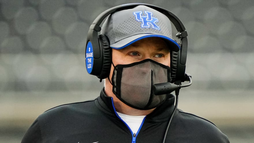 Kentucky down 18 players, 10 staffers before Florida game