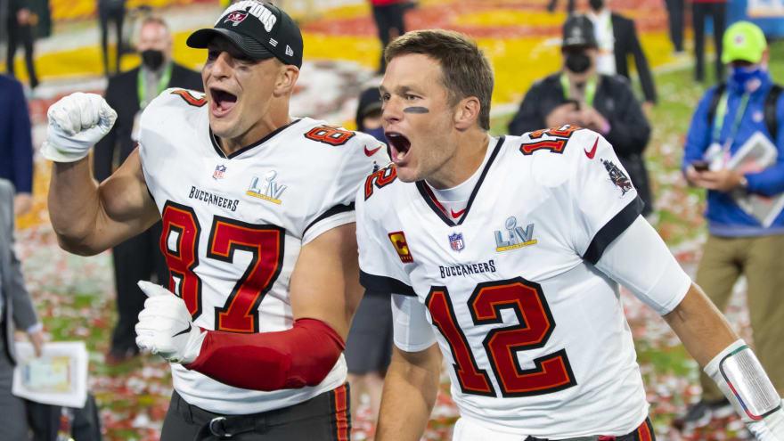 Brady, Gronkowski will return to New England in Week 4