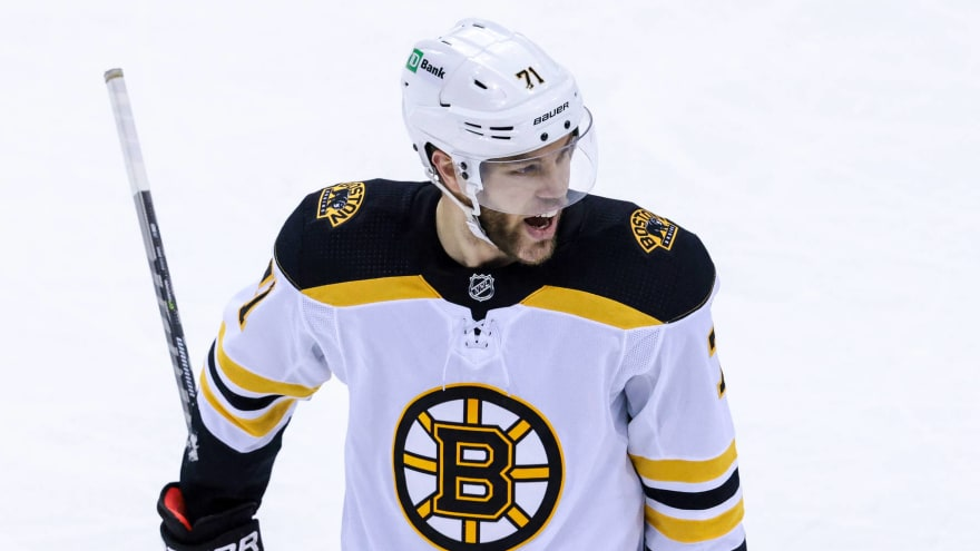 Report: Bruins, Taylor Hall gaining momentum on new contract