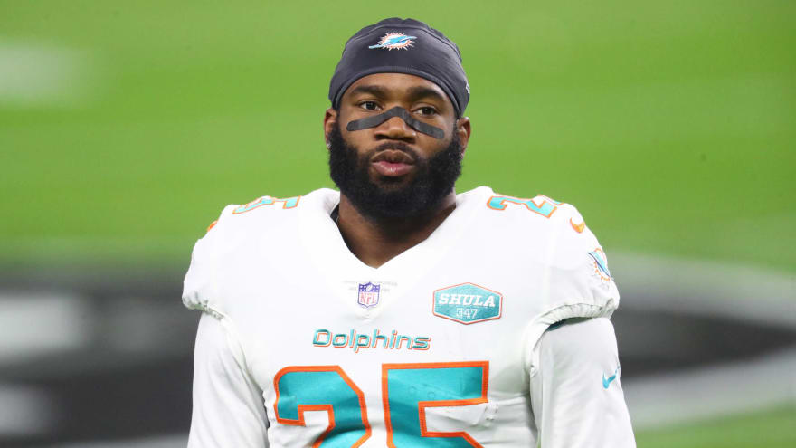 Dolphins HC Brian Flores: Xavien Howard in 'unique situation'