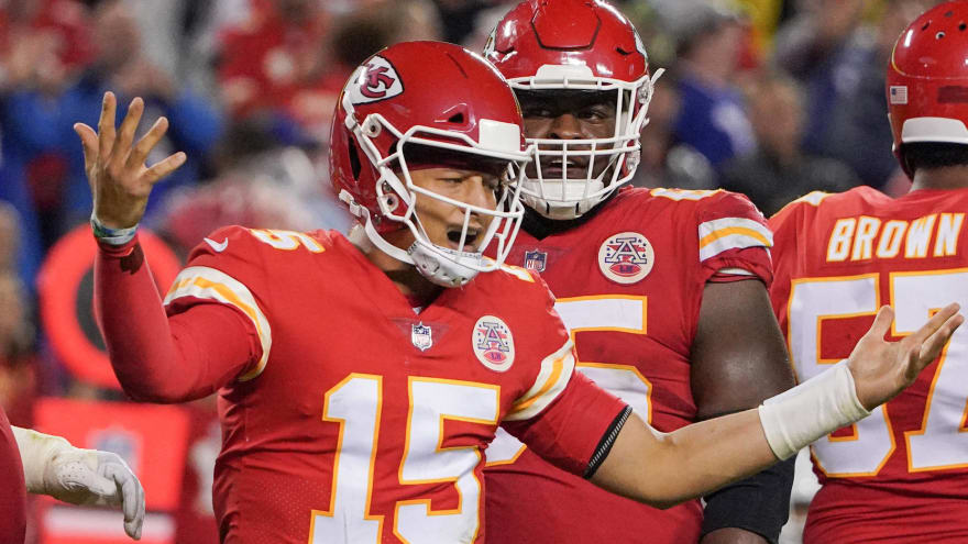 Patrick Mahomes needs to 're-evaluate' after loss to Bills
