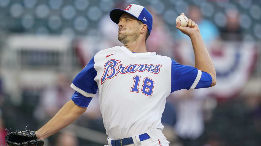 Braves place Drew Smyly on IL with forearm inflammation