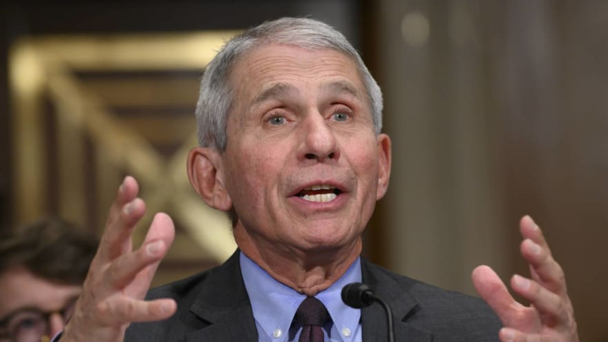 Dr. Fauci: Football must embrace 'bubble' format for 2020 season