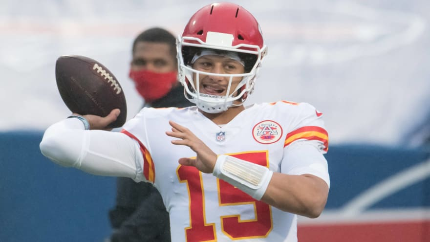 Mahomes excited about Bell addition
