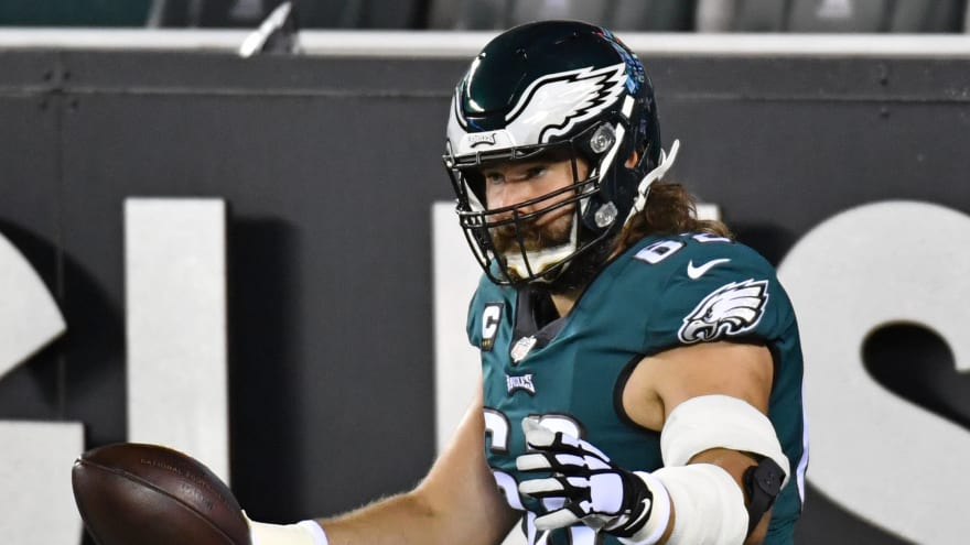Jason Kelce returning to Eagles on one-year deal