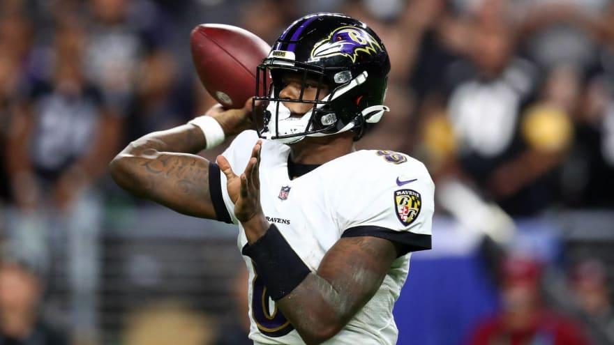Ravens' Lamar Jackson angry at himself over two lost fumbles