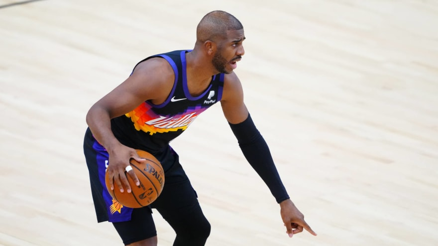 Lakers interested in PGs Chris Paul, Russell Westbrook