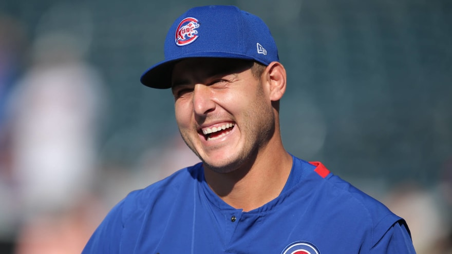 Cubs trade Anthony Rizzo to Yankees for two prospects